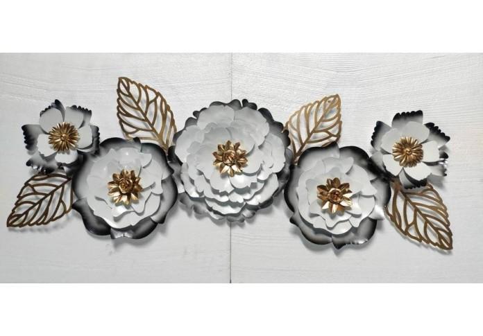 Metal white flower wall decor