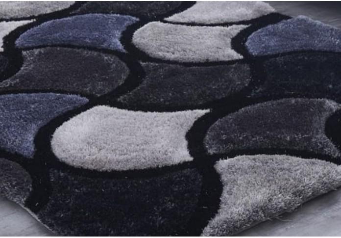Uncommon Grey Colored Rug (8 L x 5 W)